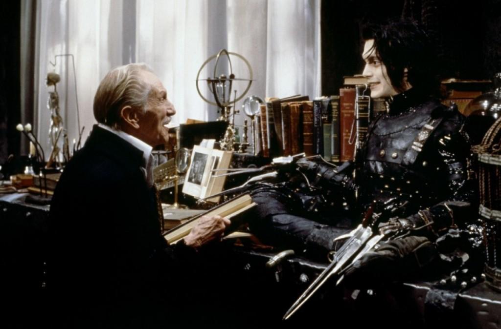 Screenshot from Edward Scissorhands.
