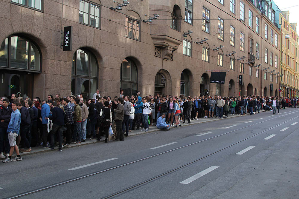 The queue. Photo: Jan F. Lindsø